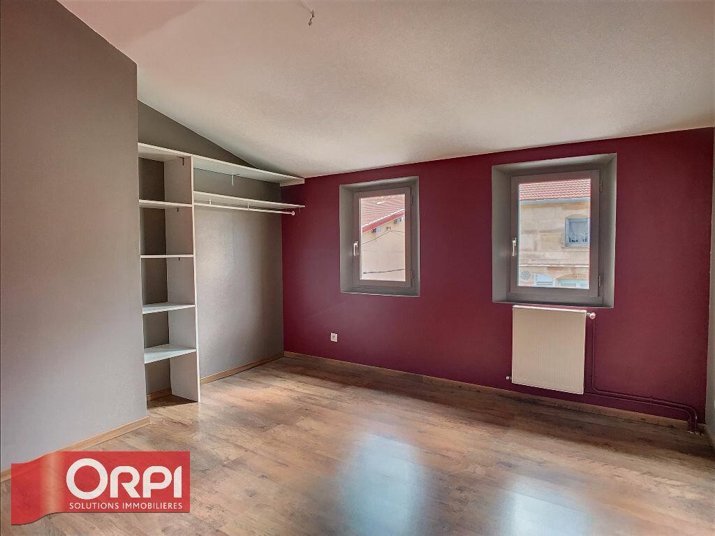 Appartement à louer 3 69m2 à Bar-le-Duc vignette-3