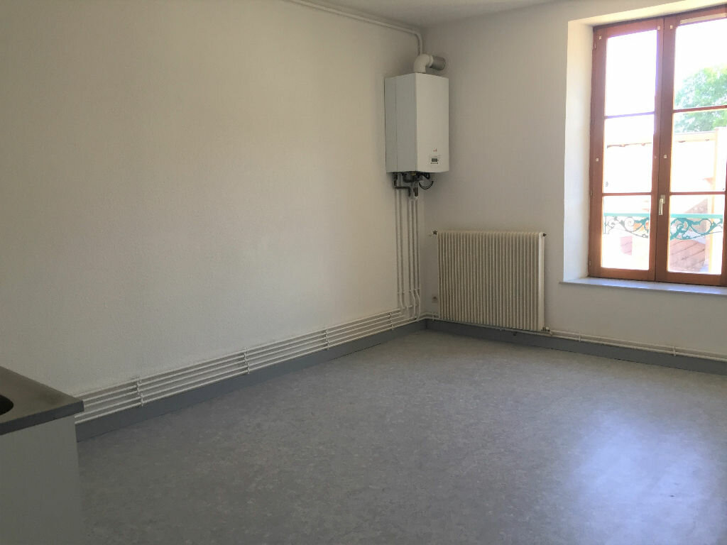 Appartement à louer 2 65m2 à Bar-le-Duc vignette-1