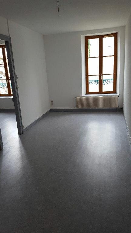 Appartement à louer 2 65m2 à Bar-le-Duc vignette-3