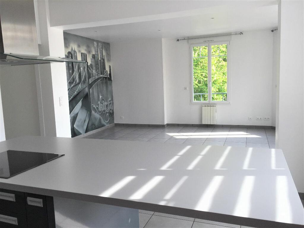 Appartement à louer 3 96m2 à Bar-le-Duc vignette-2