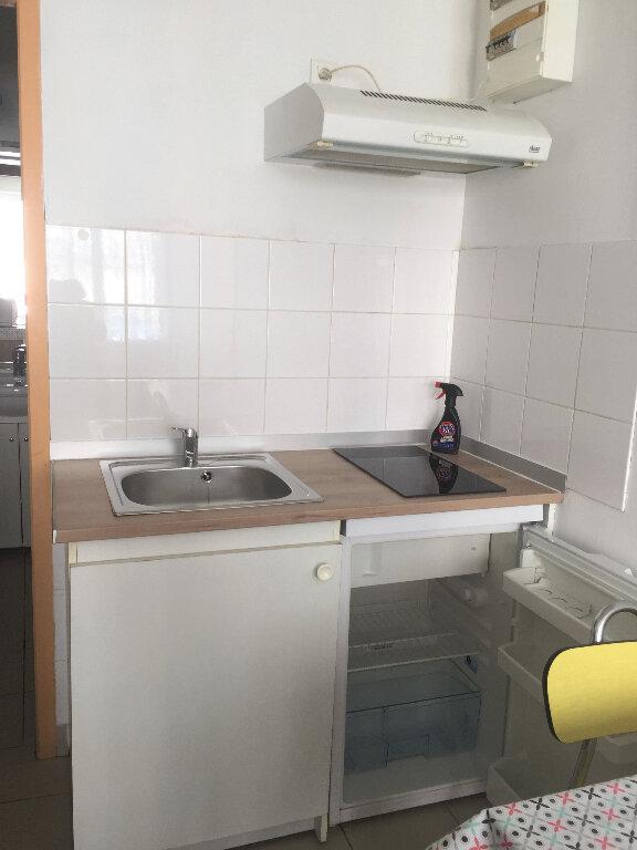 Appartement à louer 1 15m2 à Bar-le-Duc vignette-1
