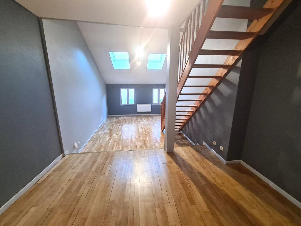 Appartement à louer 2 48.4m2 à Bar-le-Duc vignette-2
