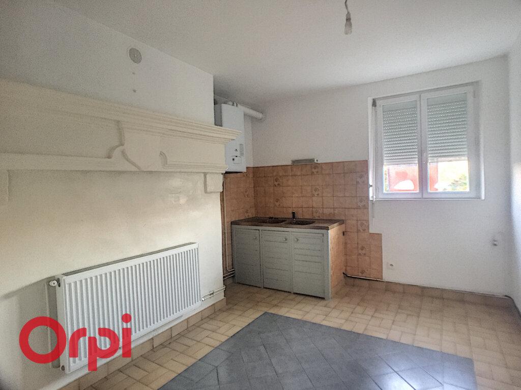 Maison à louer 6 125m2 à Revigny-sur-Ornain vignette-2