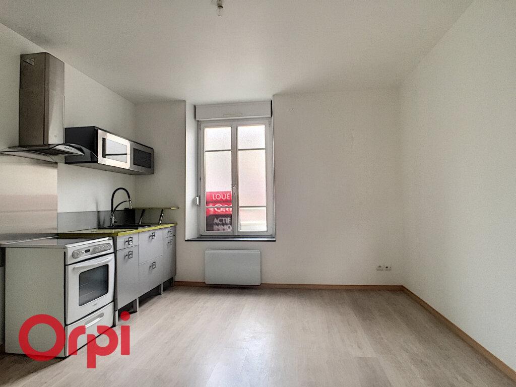 Appartement à louer 2 33m2 à Revigny-sur-Ornain vignette-2