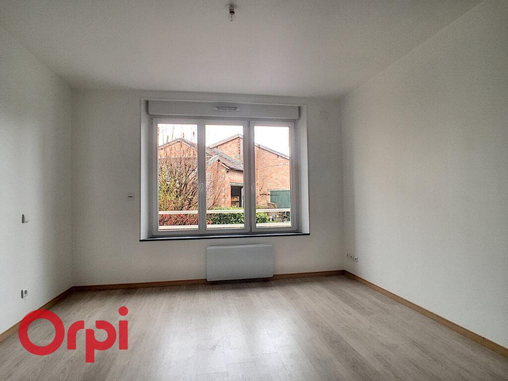Appartement à louer 2 33m2 à Revigny-sur-Ornain vignette-3