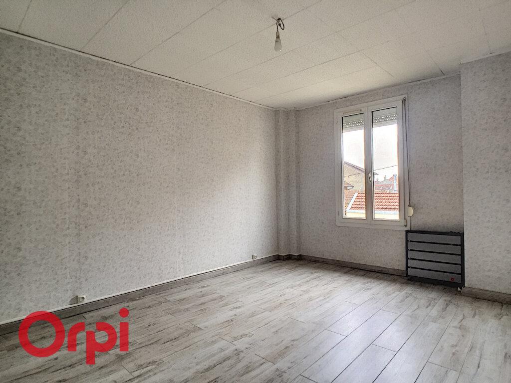 Appartement à louer 2 55m2 à Revigny-sur-Ornain vignette-3