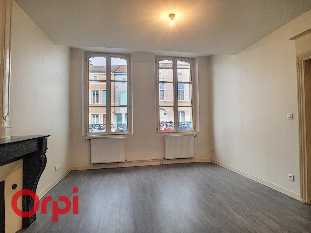 Appartement à louer 3 47.98m2 à Ligny-en-Barrois vignette-2