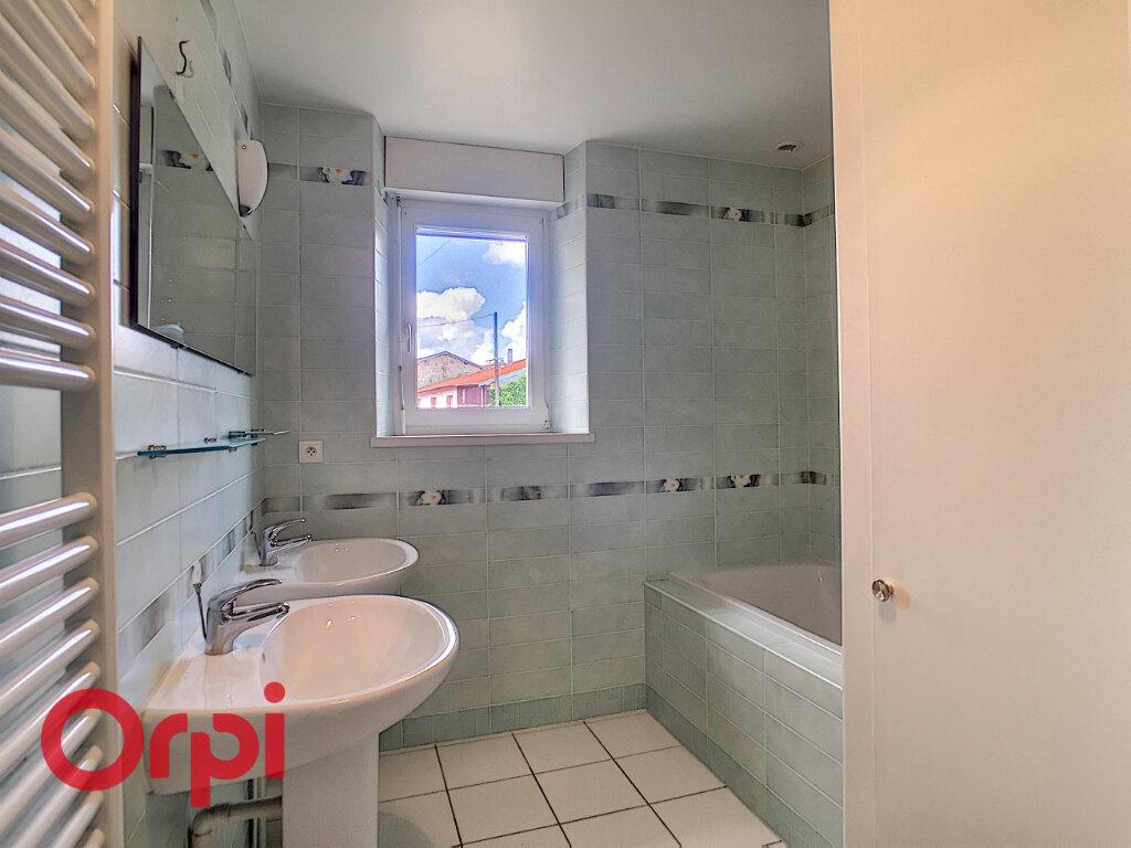 Maison à louer 8 209m2 à Rembercourt-Sommaisne vignette-4