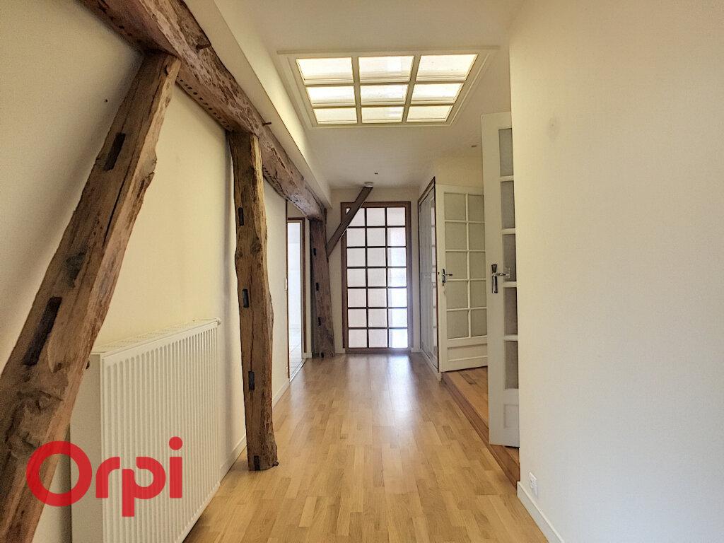 Maison à louer 8 209m2 à Rembercourt-Sommaisne vignette-11
