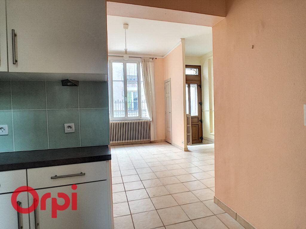 Maison à louer 6 120m2 à Verdun vignette-2