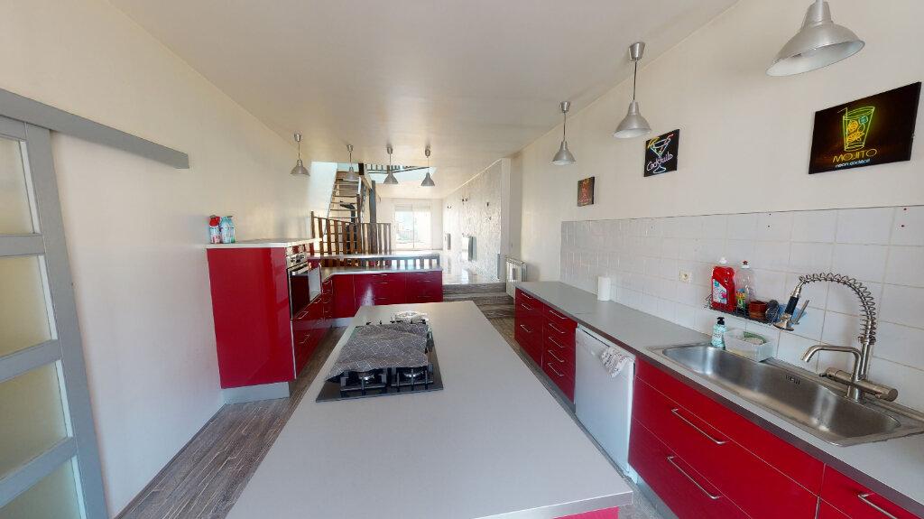 Maison à vendre 8 215.2m2 à Velaines vignette-4