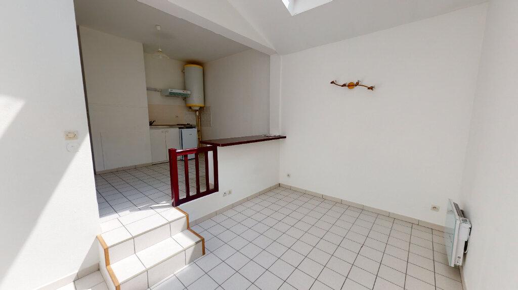 Appartement à louer 2 41.4m2 à Bar-le-Duc vignette-1