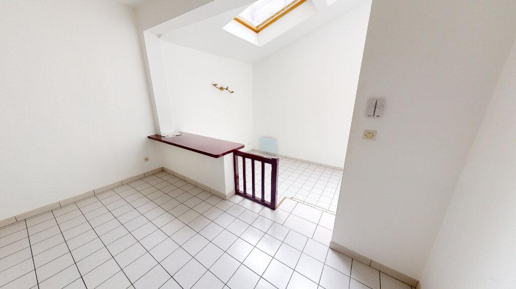 Appartement à louer 2 41.4m2 à Bar-le-Duc vignette-3