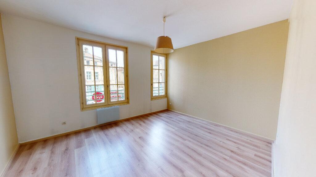 Appartement à louer 2 41.4m2 à Bar-le-Duc vignette-4