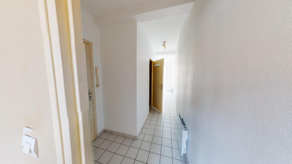 Appartement à louer 2 41.4m2 à Bar-le-Duc vignette-5
