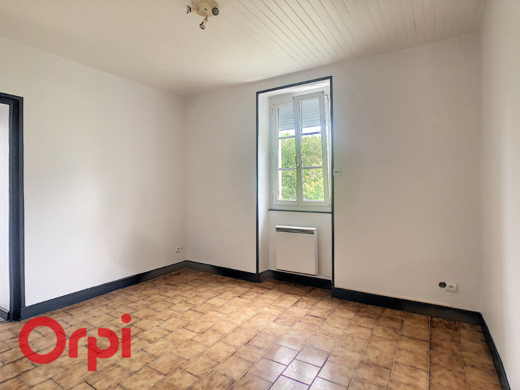 Maison à louer 4 0m2 à Mognéville vignette-2