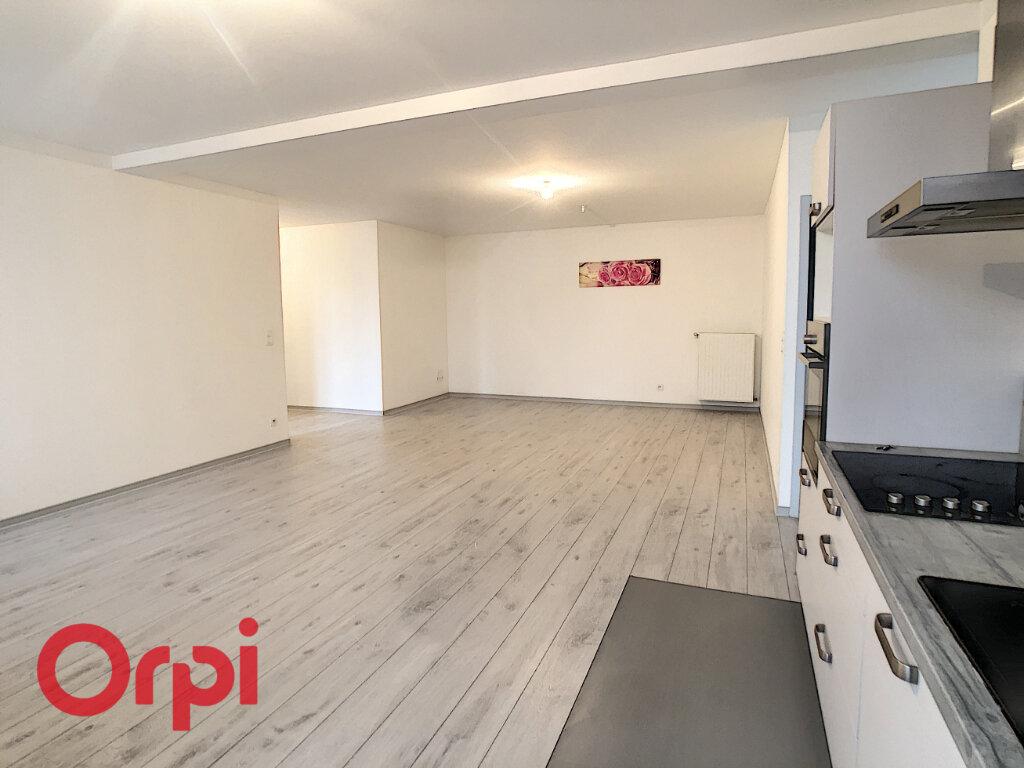 Appartement à louer 4 88.25m2 à Bar-le-Duc vignette-3