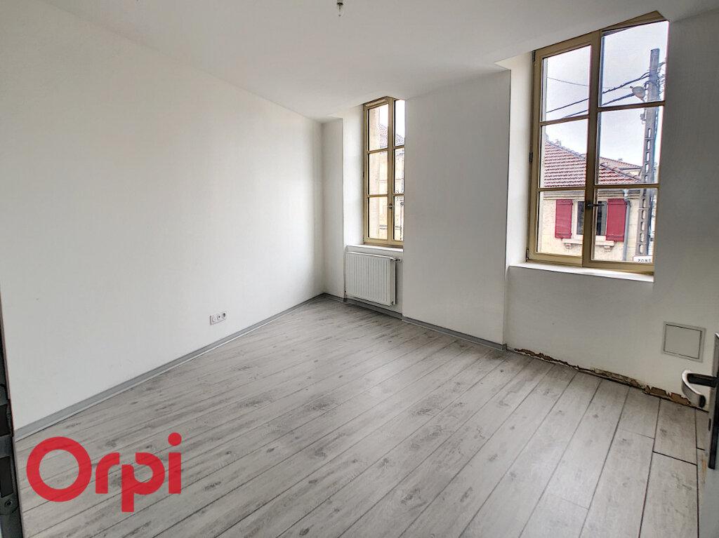Appartement à louer 4 88.25m2 à Bar-le-Duc vignette-5