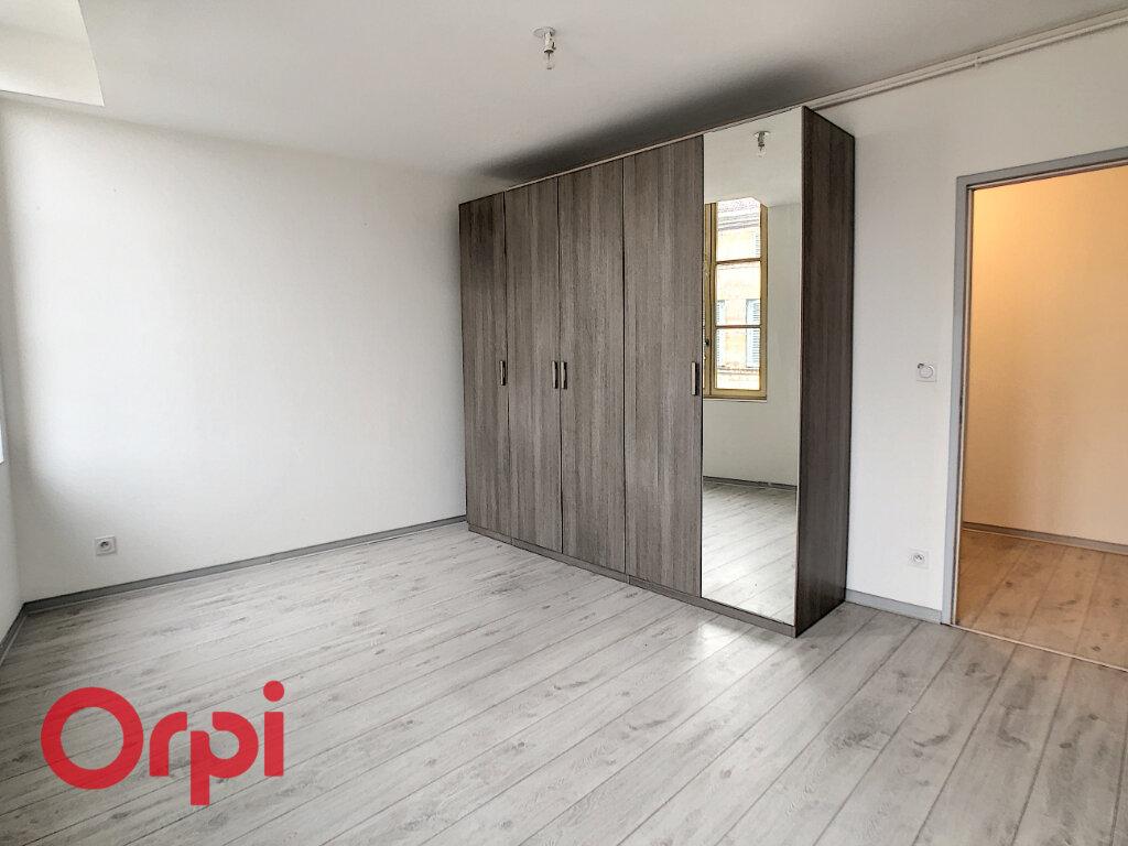 Appartement à louer 4 88.25m2 à Bar-le-Duc vignette-6