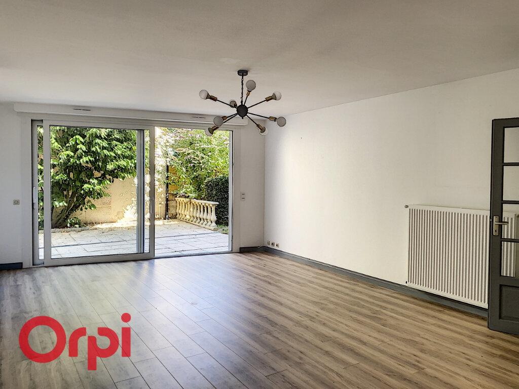 Appartement à vendre 5 106m2 à Bar-le-Duc vignette-1