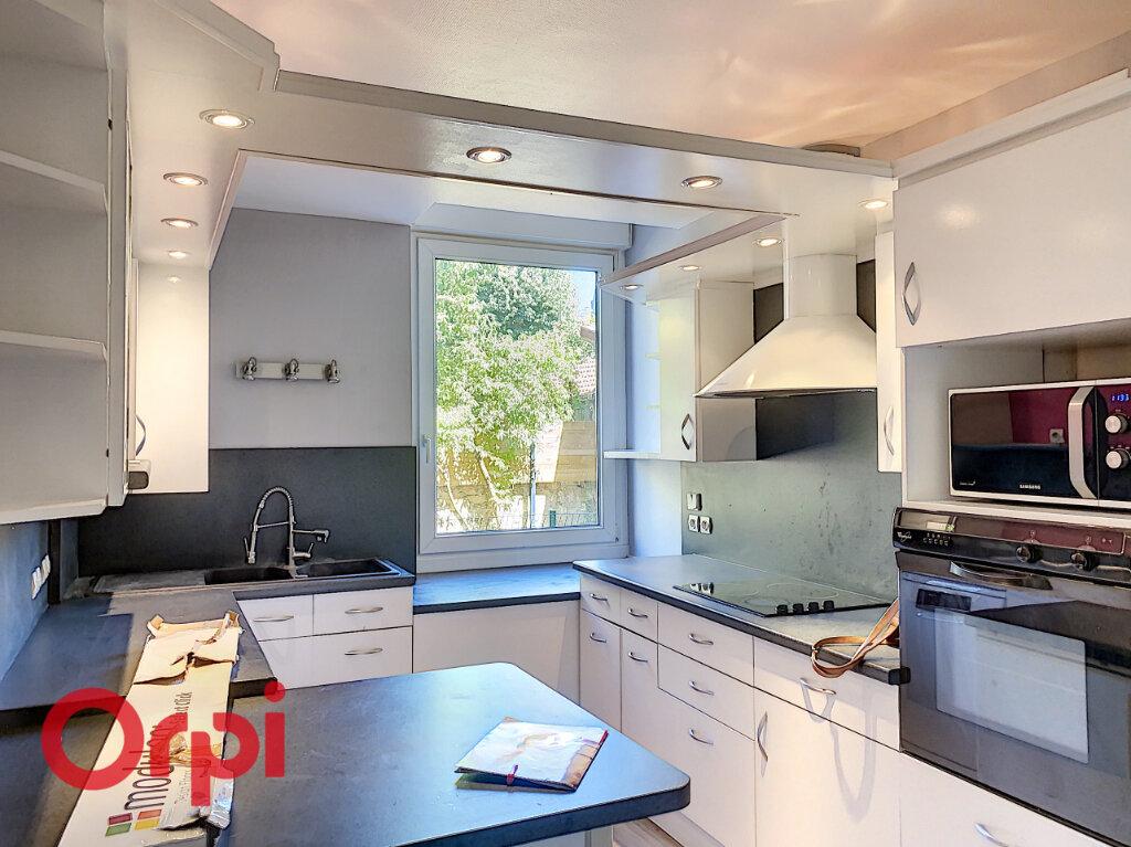 Appartement à vendre 5 106m2 à Bar-le-Duc vignette-2