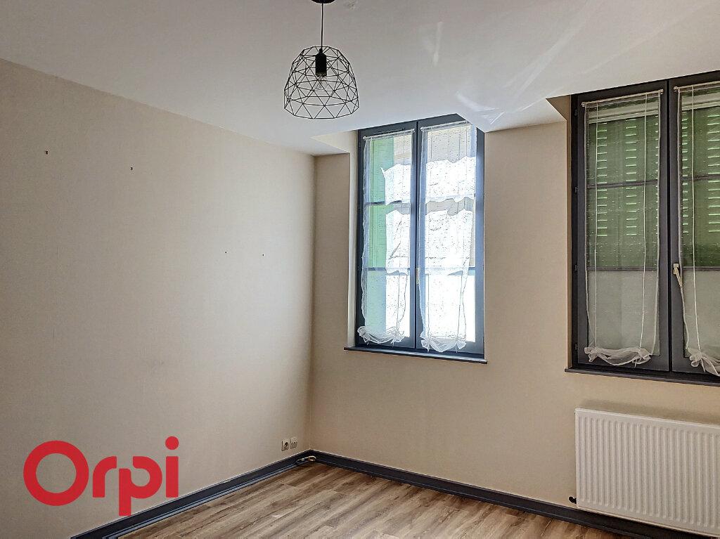 Appartement à vendre 5 106m2 à Bar-le-Duc vignette-6