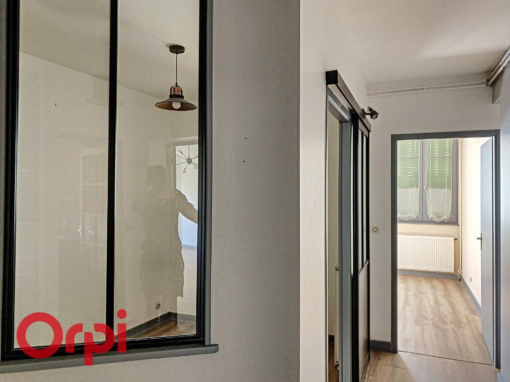 Appartement à vendre 5 106m2 à Bar-le-Duc vignette-9