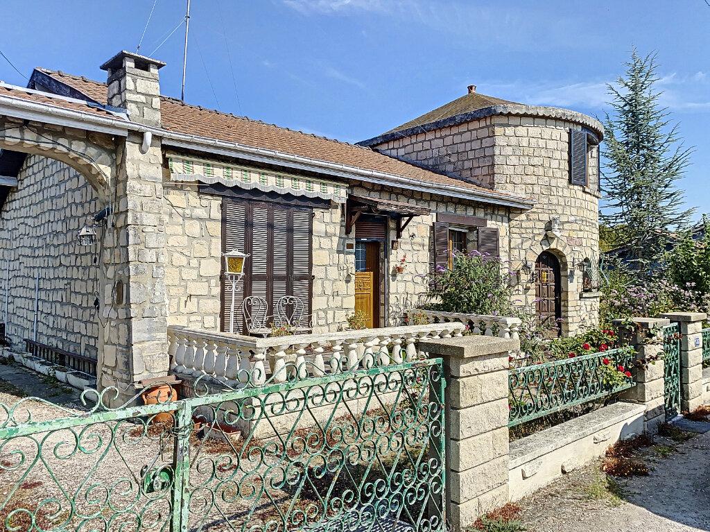 Maison à vendre 5 100m2 à Revigny-sur-Ornain vignette-1