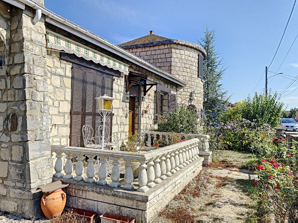 Maison à vendre 5 100m2 à Revigny-sur-Ornain vignette-2