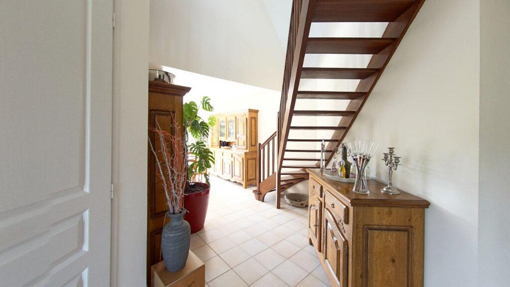 Maison à louer 6 127.72m2 à Bénouville vignette-5