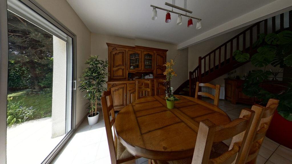 Maison à louer 6 127.72m2 à Bénouville vignette-6