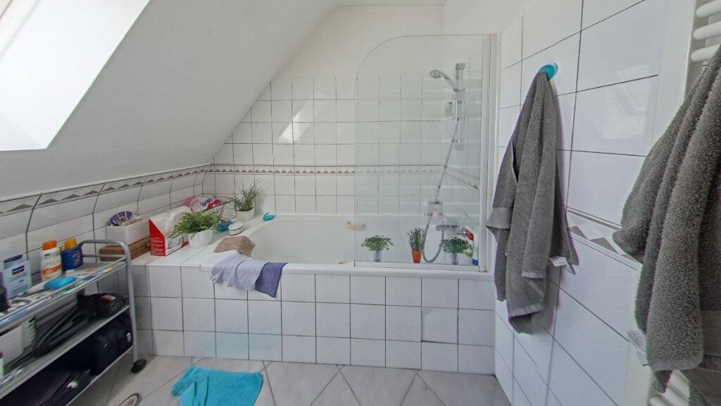 Maison à louer 6 127.72m2 à Bénouville vignette-11