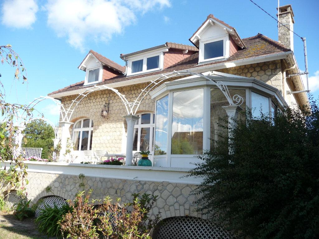 Maison à vendre 8 150m2 à Ouistreham vignette-2