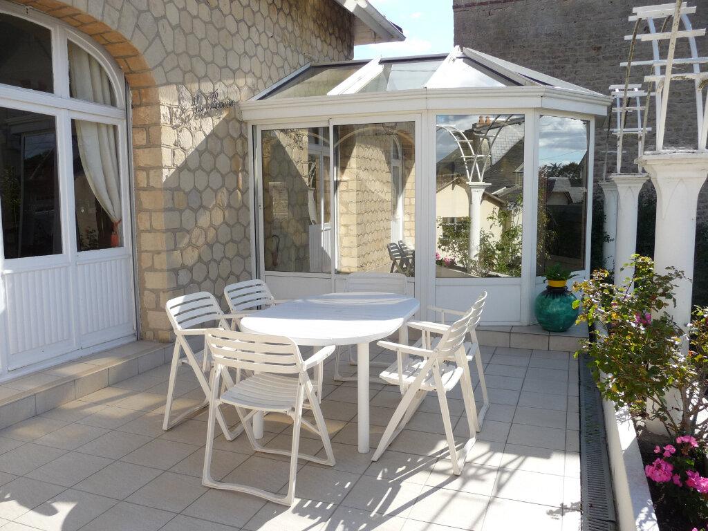 Maison à vendre 8 150m2 à Ouistreham vignette-3