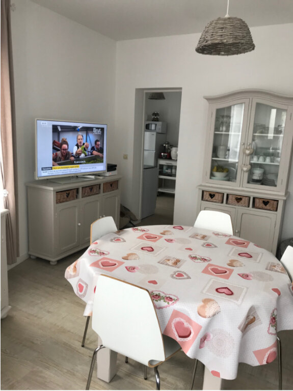 Appartement à louer 3 50m2 à Ouistreham vignette-5