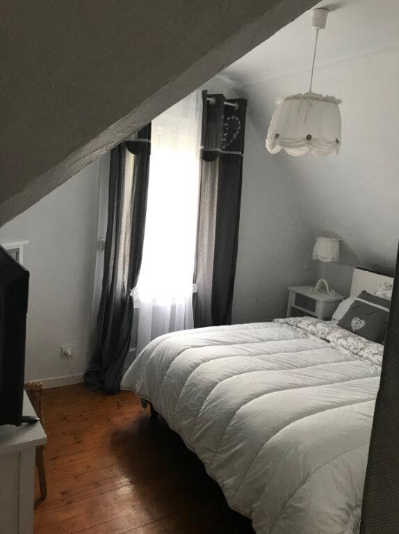 Appartement à louer 3 50m2 à Ouistreham vignette-8