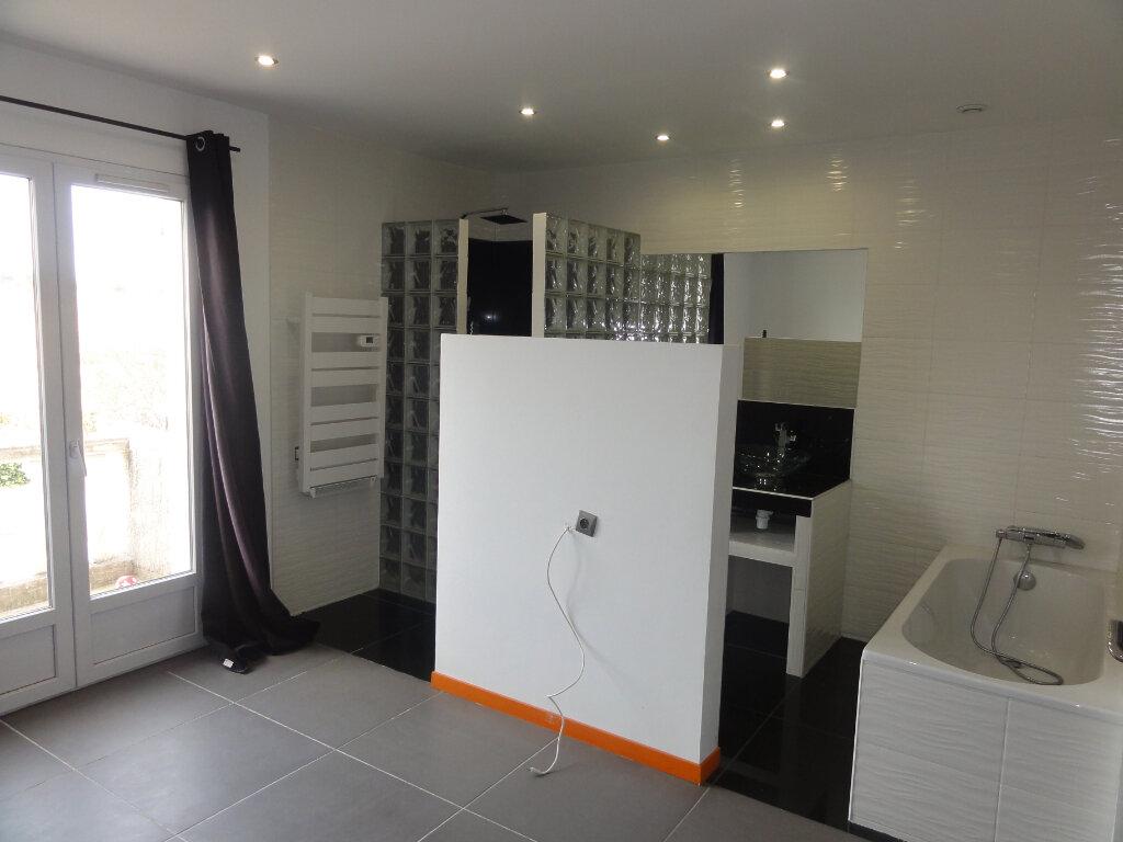Appartement à vendre 3 67.93m2 à Lunel vignette-6