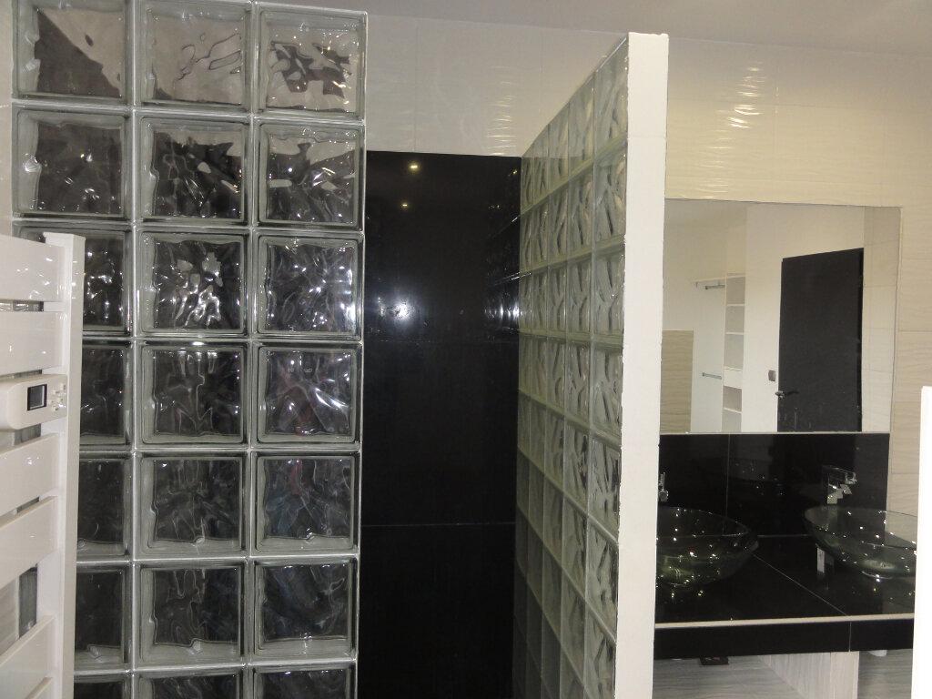 Appartement à vendre 3 67.93m2 à Lunel vignette-8
