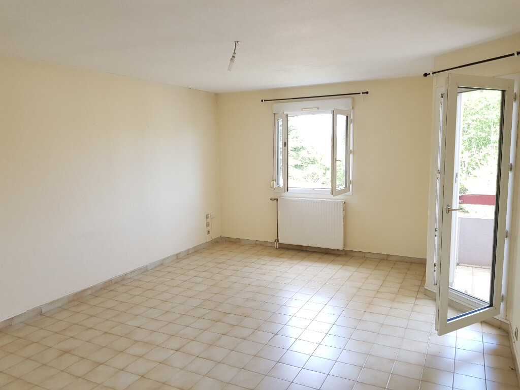 Appartement à louer 3 65m2 à Montpellier vignette-1