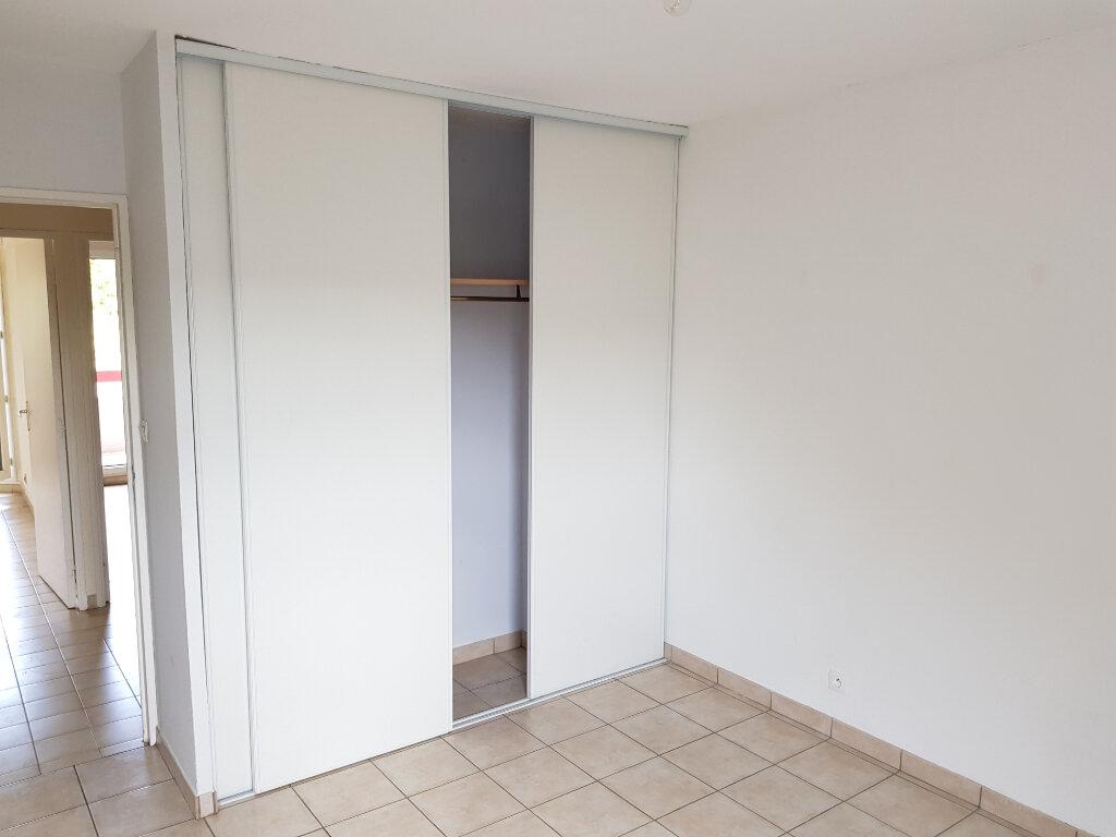 Appartement à louer 3 65m2 à Montpellier vignette-3