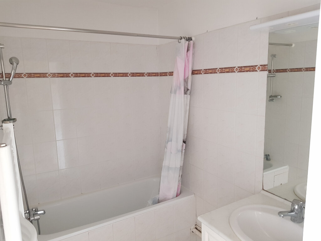 Appartement à louer 3 65m2 à Montpellier vignette-5