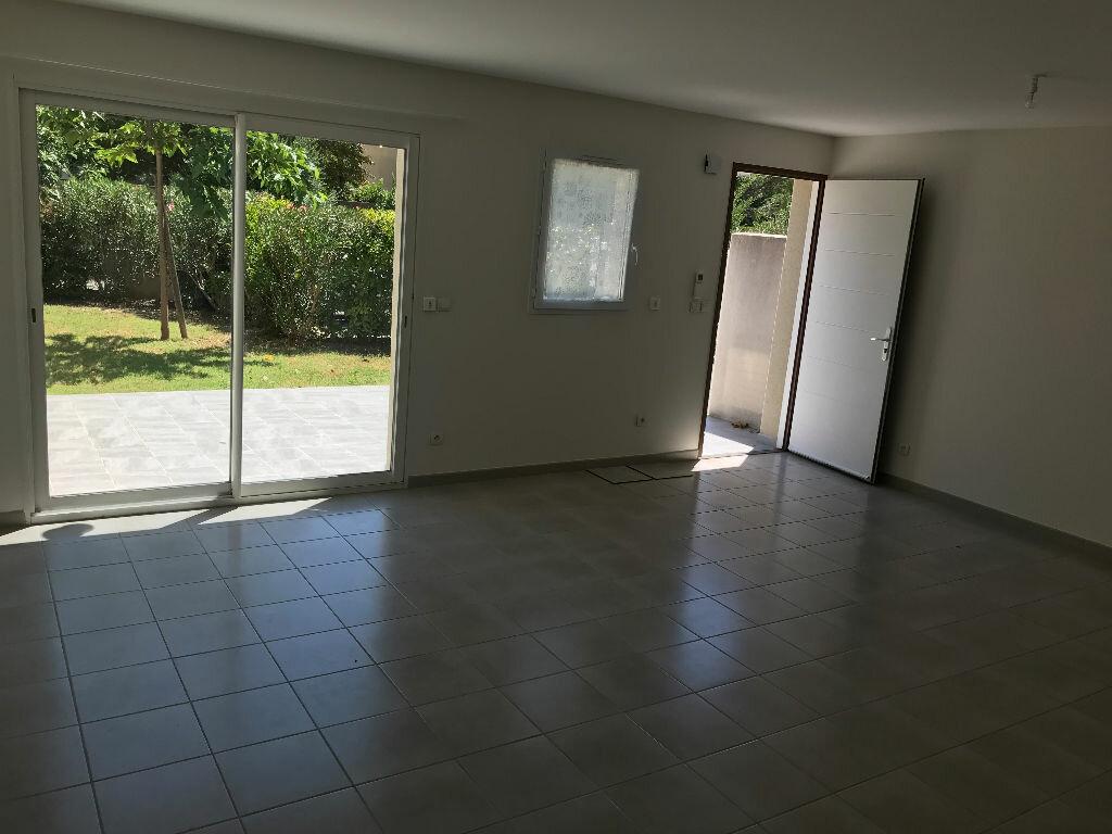 Maison à louer 4 92m2 à Montélimar vignette-3