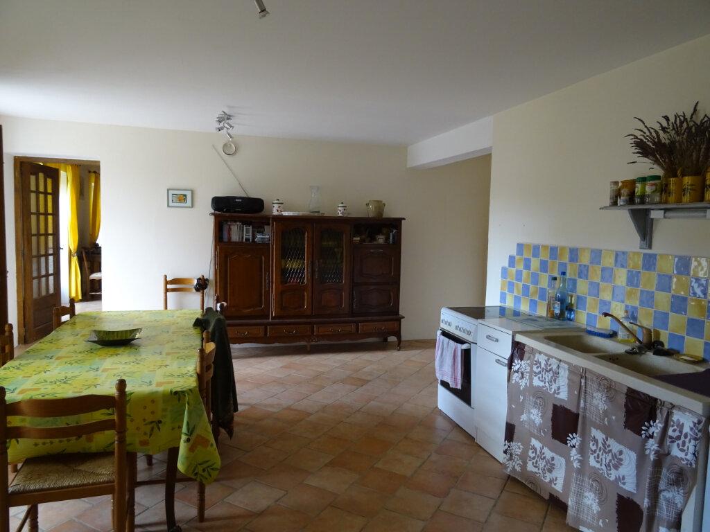 Maison à vendre 6 125m2 à Saint-Montan vignette-5