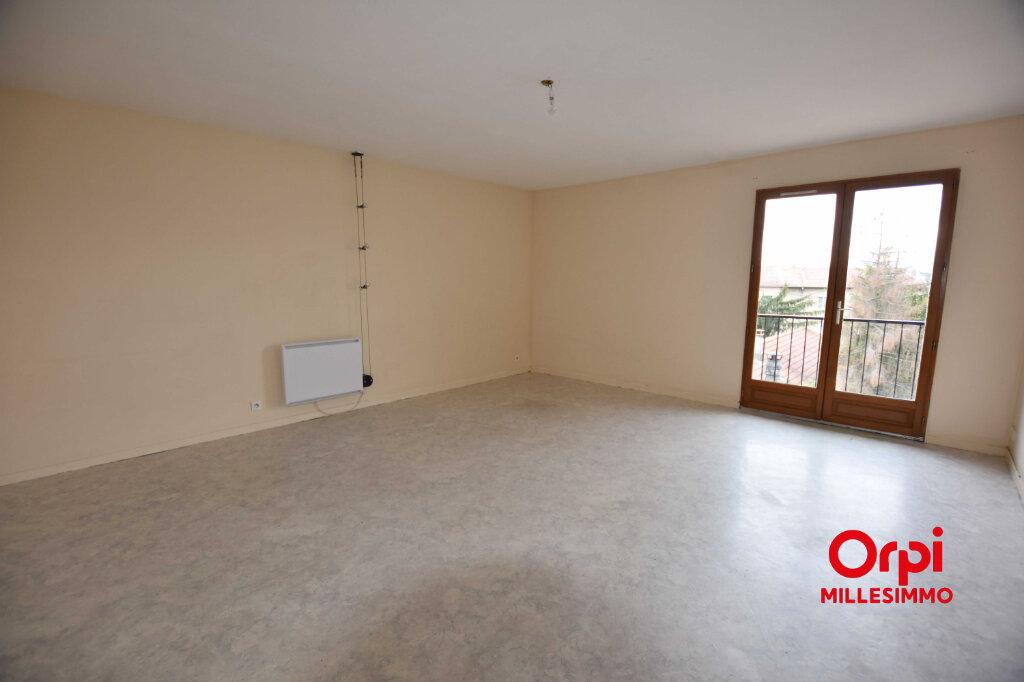 Appartement à louer 3 73.4m2 à Craponne vignette-3