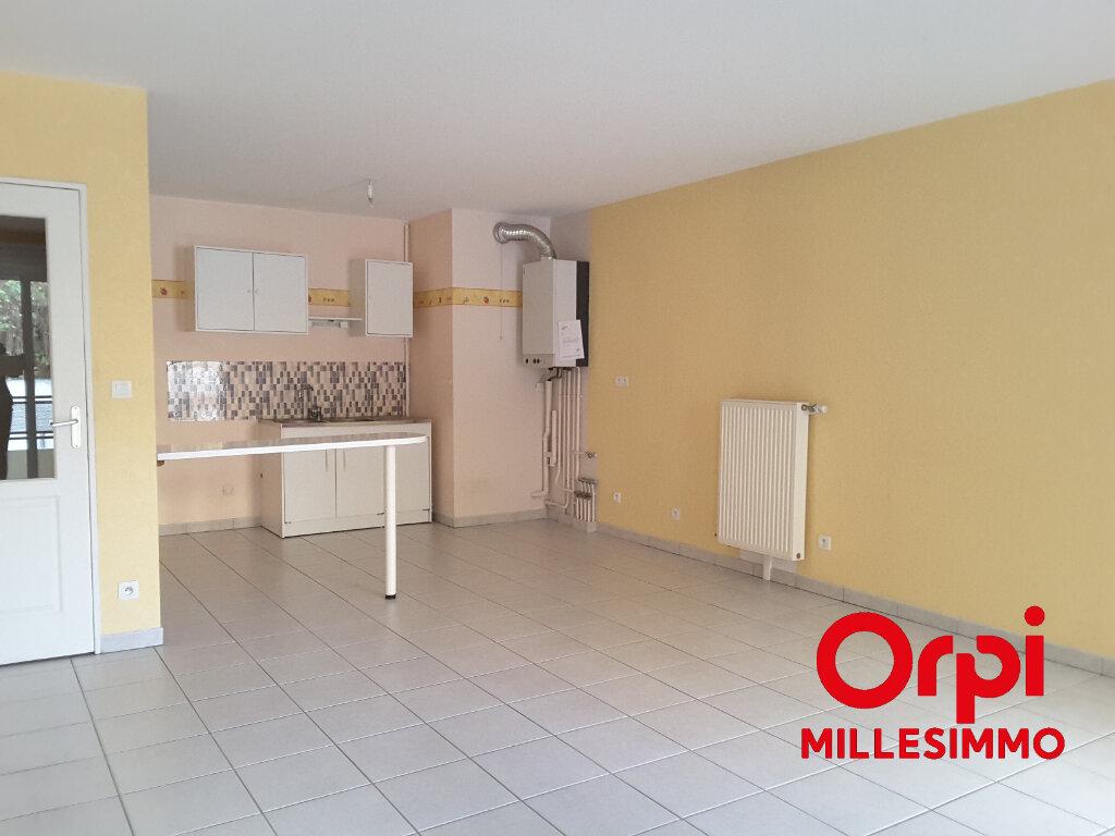 Appartement à louer 2 53m2 à Saint-Symphorien-sur-Coise vignette-3
