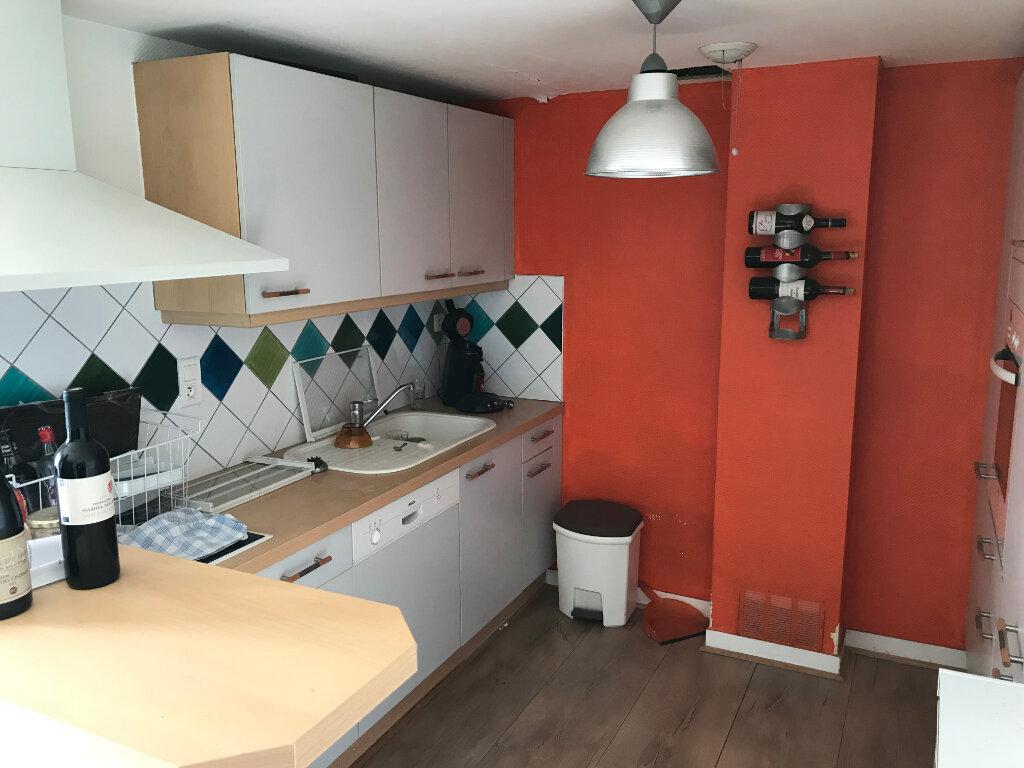 Appartement à vendre 3 90.09m2 à Épernay vignette-1