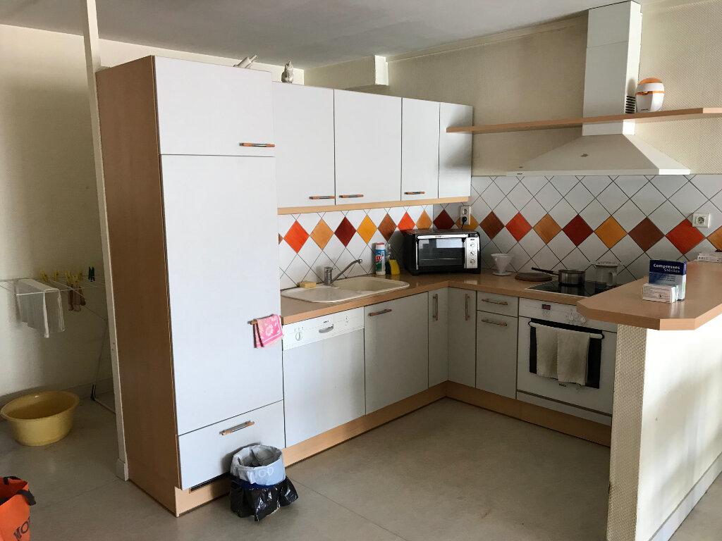 Appartement à vendre 4 95.69m2 à Épernay vignette-1