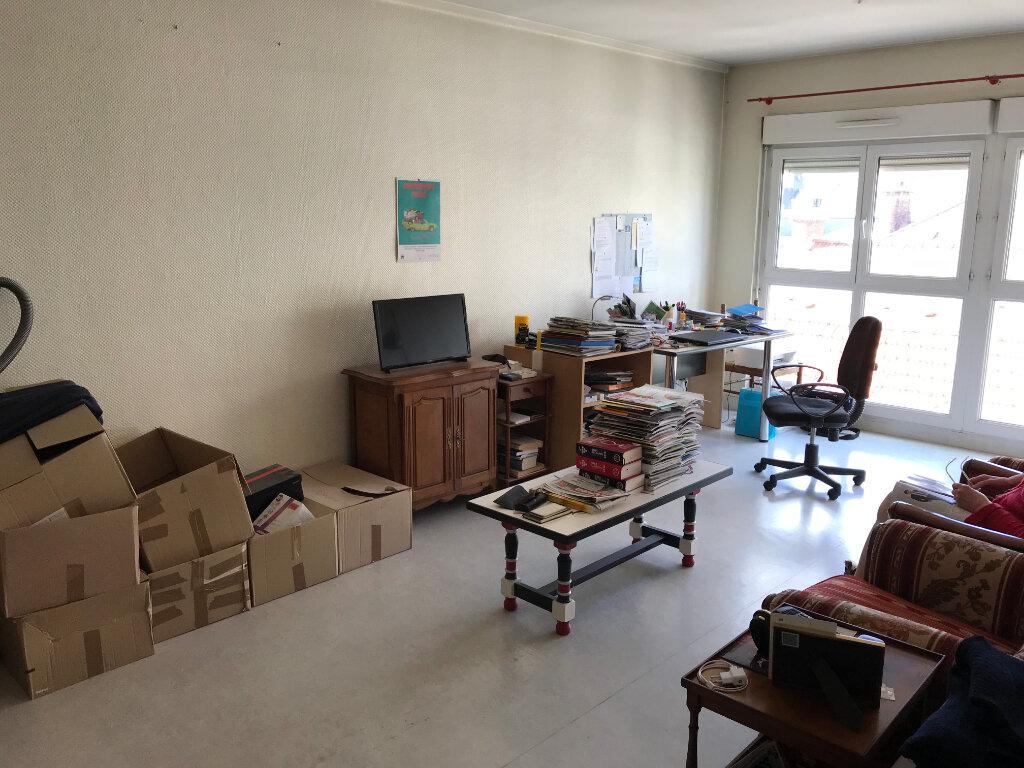 Appartement à vendre 4 95.69m2 à Épernay vignette-3