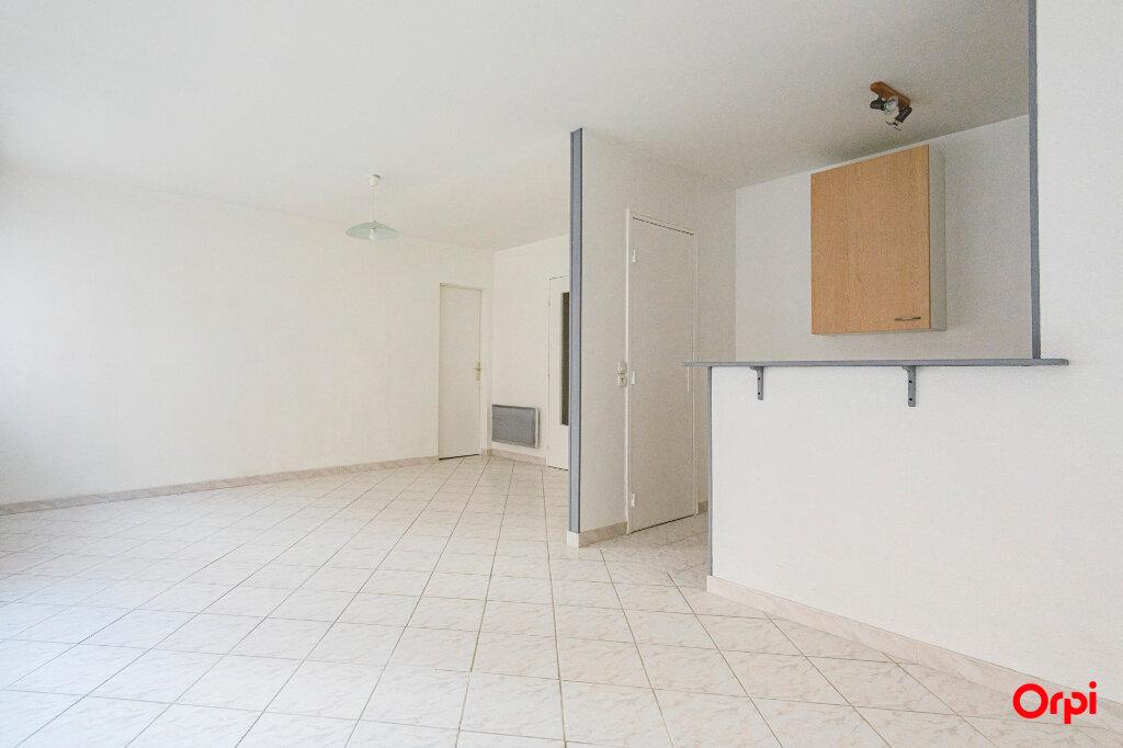 Appartement à louer 1 39.16m2 à Épernay vignette-2