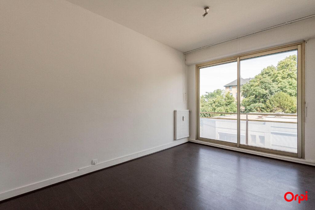 Appartement à louer 5 106m2 à Épernay vignette-3